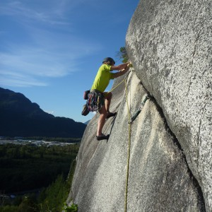 Bjergbestigning - www.aktivostrig.dk