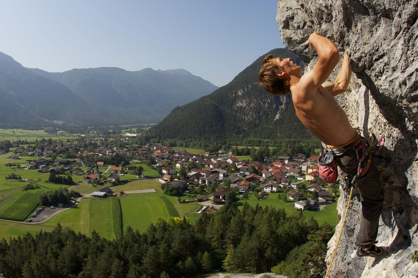 Bjergbestigning - Aktivostrig.dk